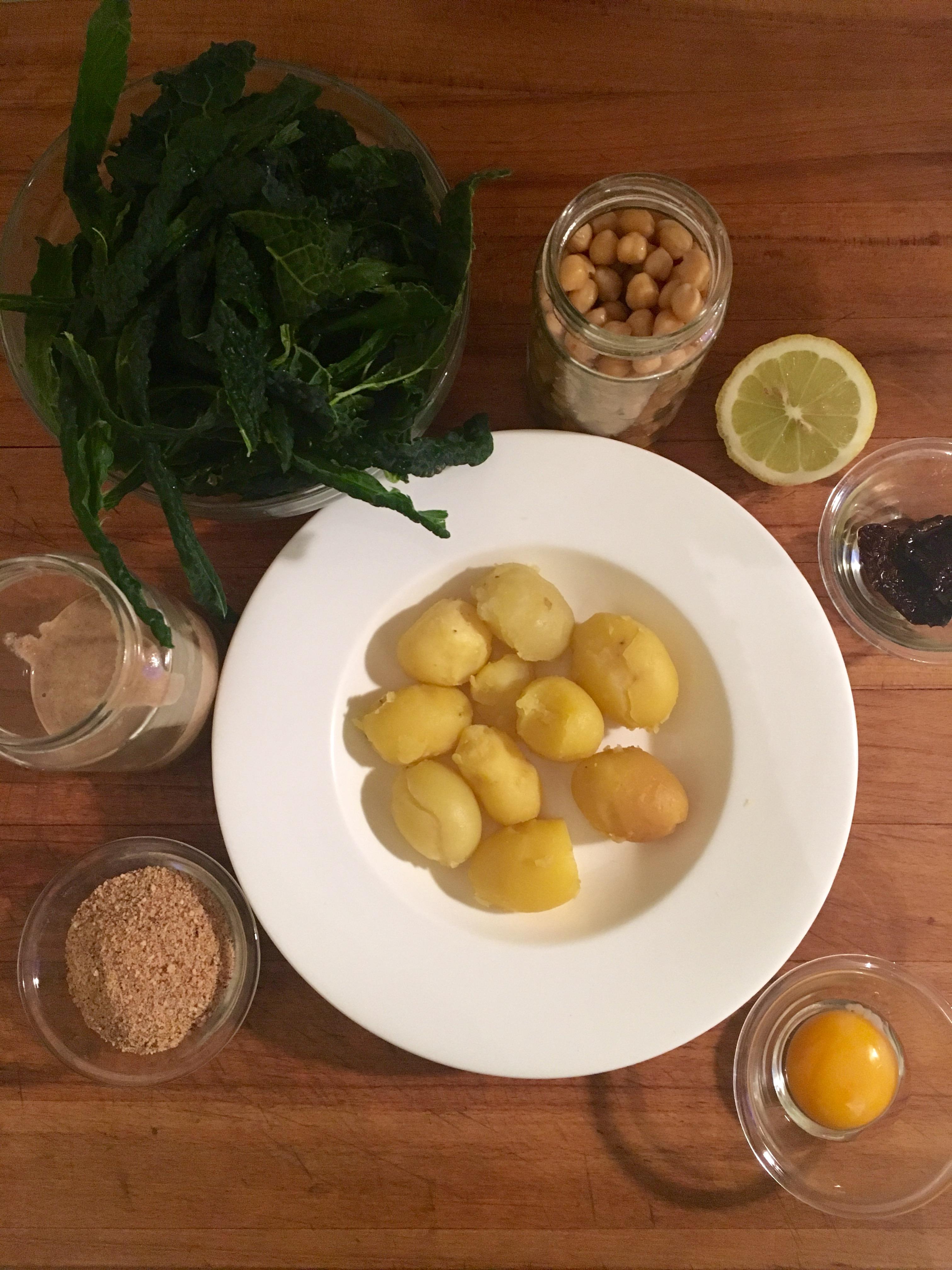 Cotolette di cavolo nero e ceci chickpeas and blak cabbage cutlets - Corsi cucina piacenza ...